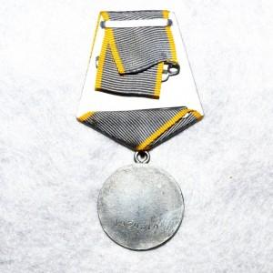medal-za-boevye-zaslugi_2