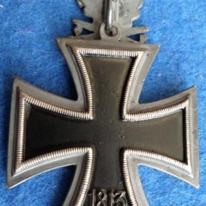 rytsarskij krest s dubovymi listyami, mechami kopiya_76