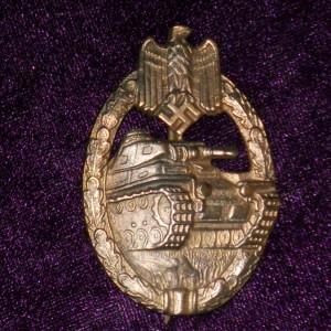 znak-za-tankoviy-boy-v-bronze--kopiya-_source