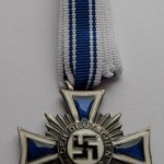 german award HONORARY CROSS OF THE MOTHER'S 2